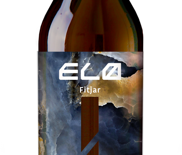 _-ELØ-BOTTLE_for-webpage_on-BLACK-GLIMMER18